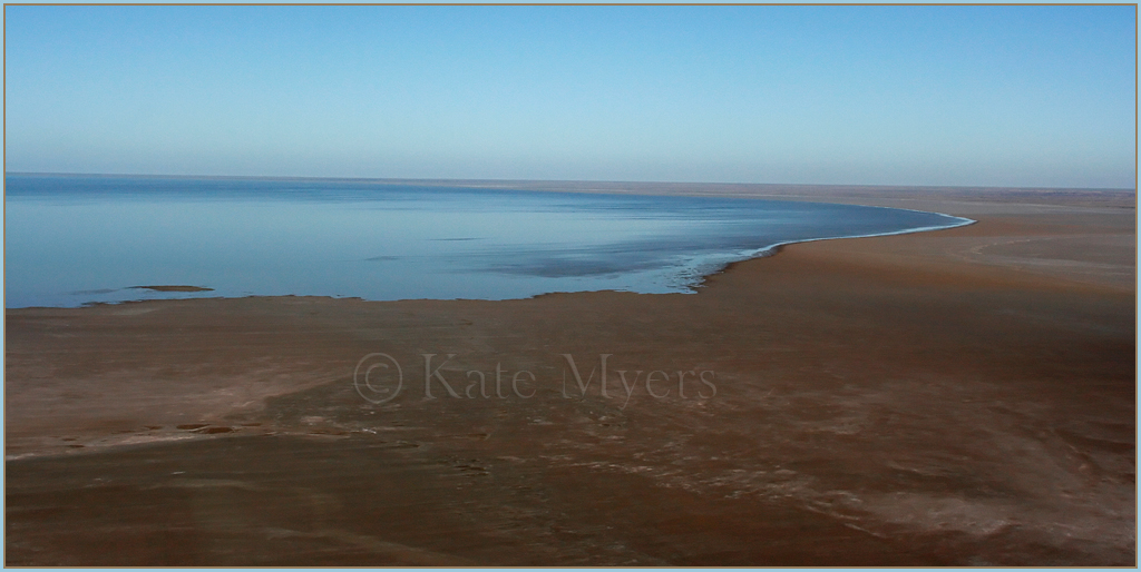 Flight-over-Lake-Eyre-3