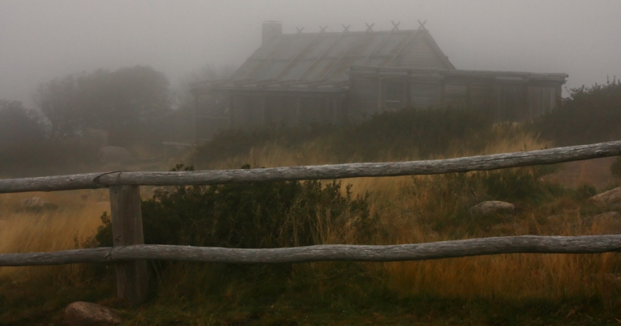 Foggy-Hut
