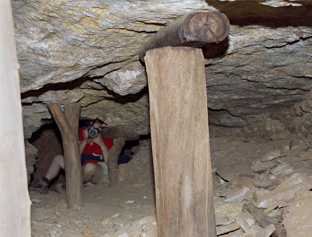 Kate-Underground