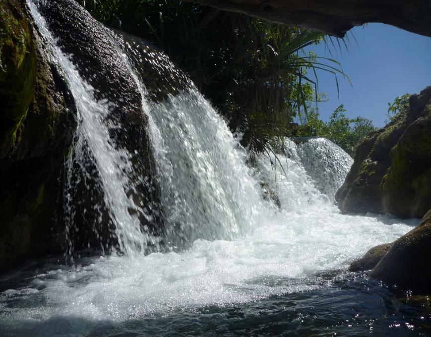 Lawn-Hill-Gorge-Falls