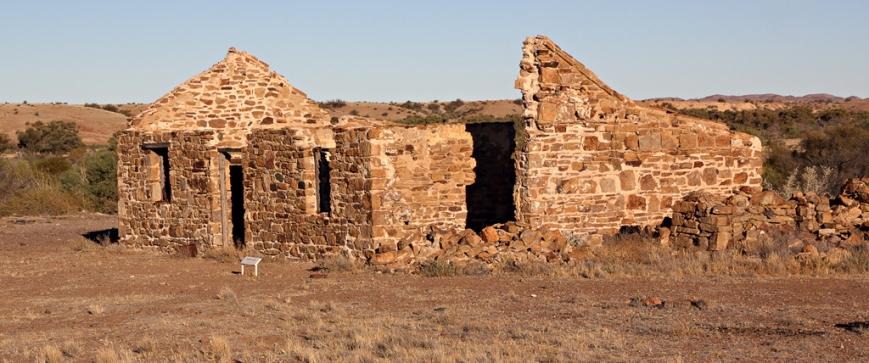 Peake-Hills-Ruins-3