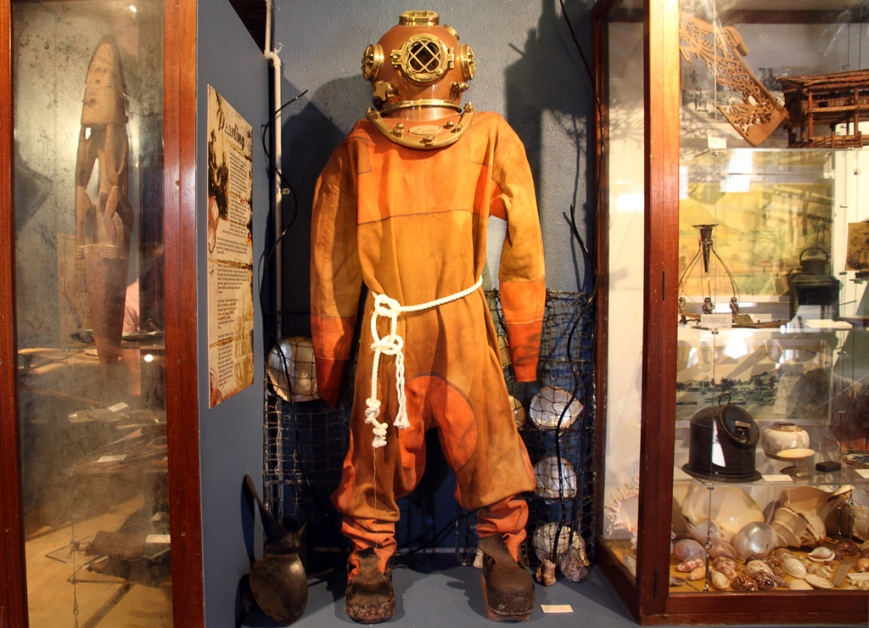 Thursday-Island-Diving-Suit