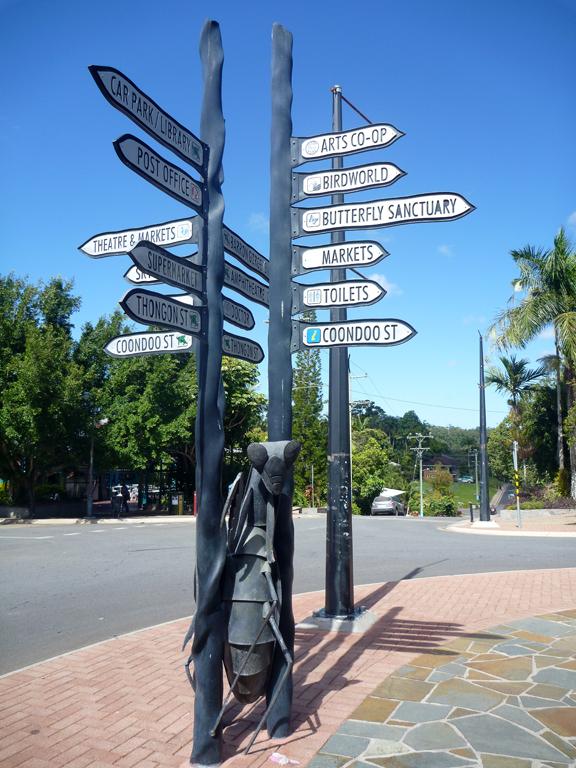Kuranda-Street-Sign
