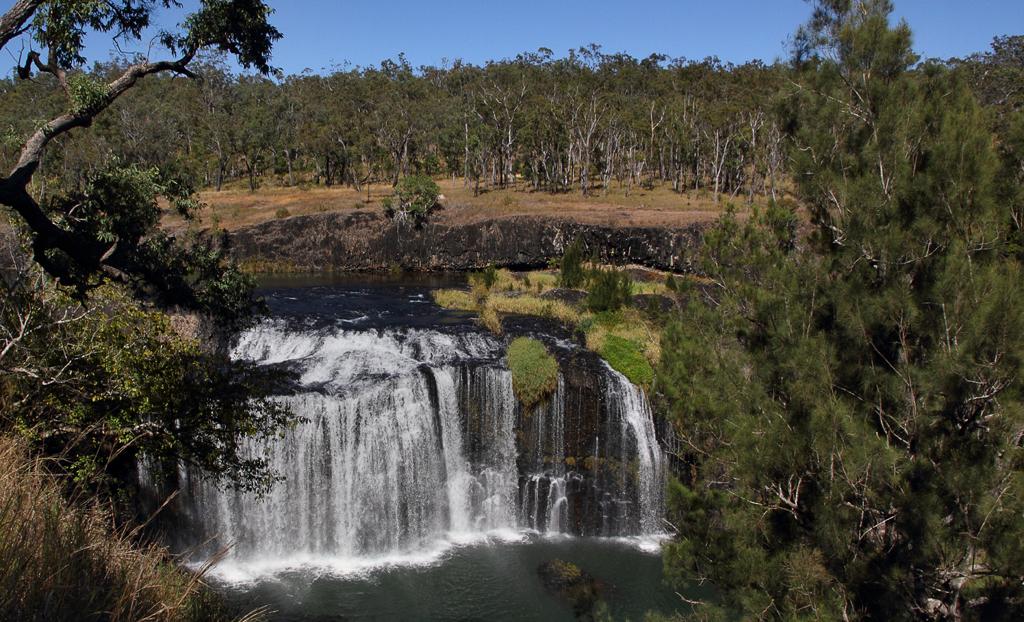 Millstream-Falls-1