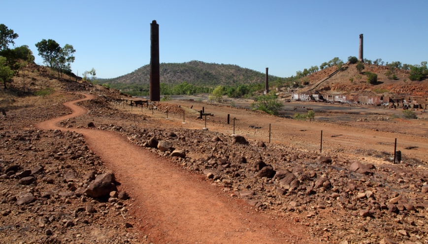 Path-around-the-Smelter
